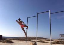 varga_eszter_ciprus_beach_pole.jpg
